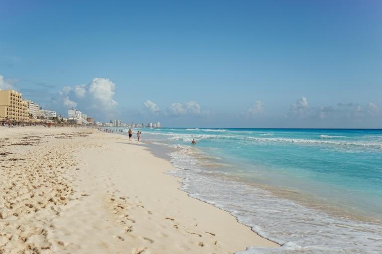 CancunRomance